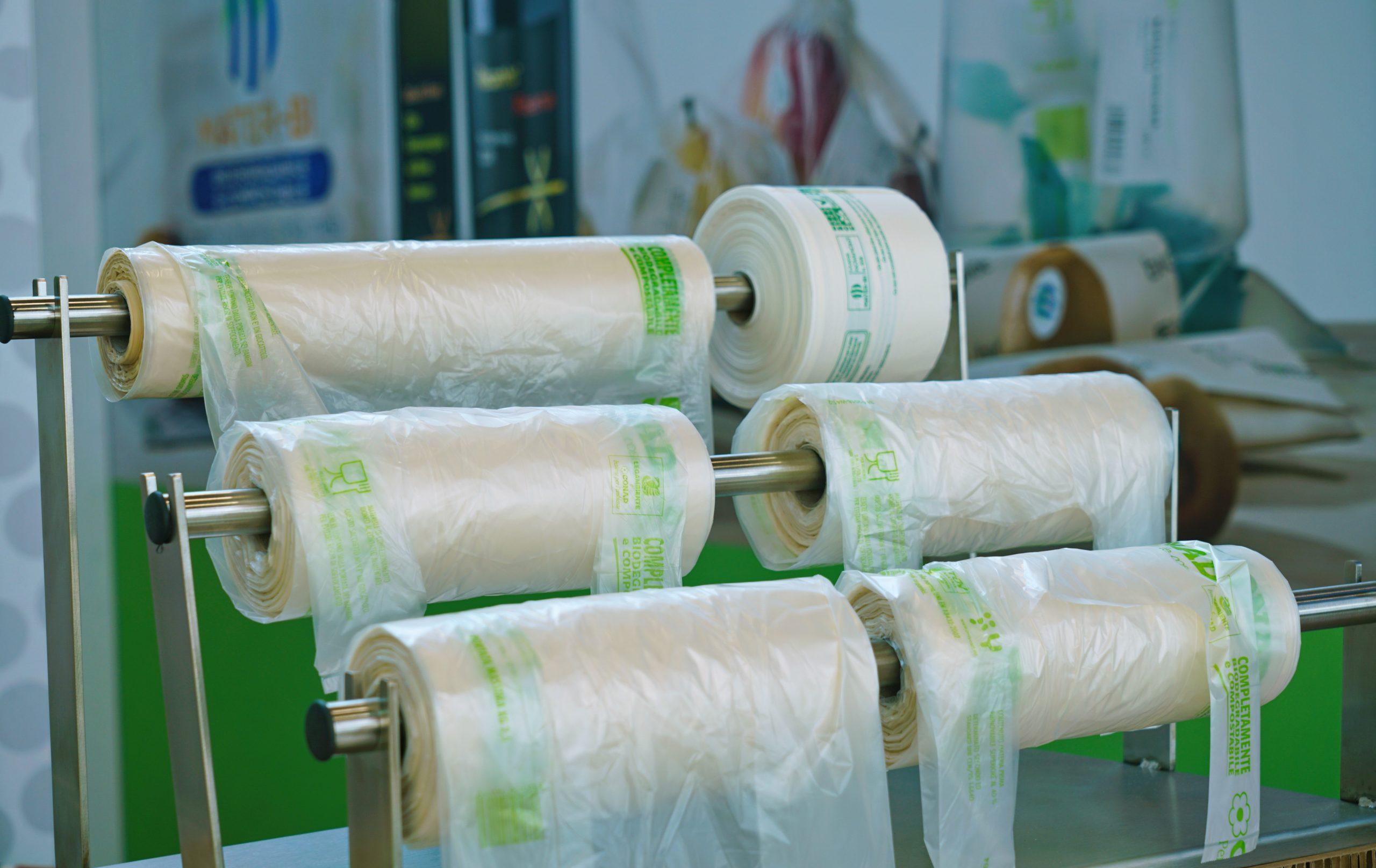 als kompostierbar gekennzeichnete Plastiktüten