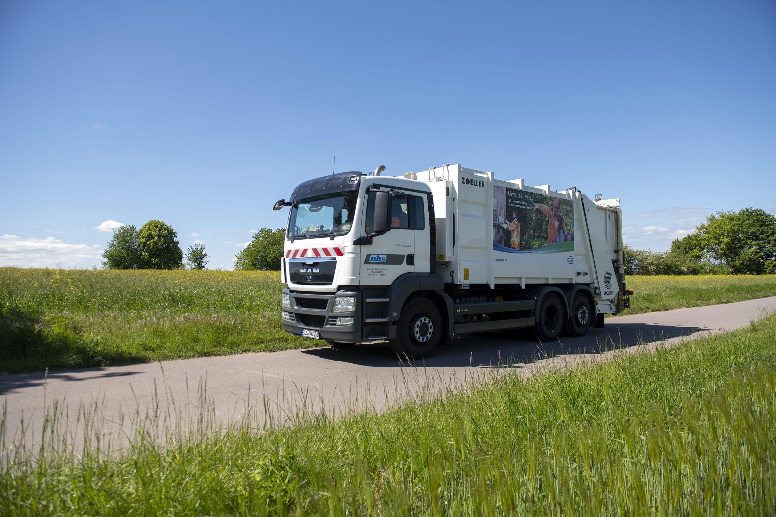 Müllfahrzeug der NBS